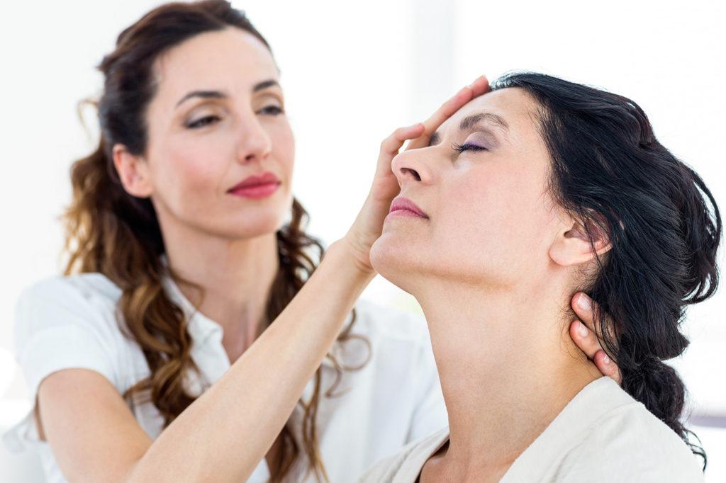 Hypnothérapie  : Le soin par l'hypnose.